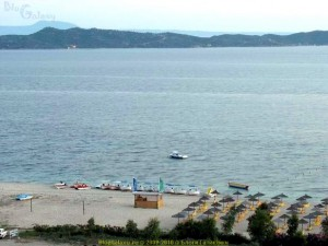 Akrathos 3* (Акратос), Греция, Халкидики (Halkidiki). Пляж, вид из отеля.